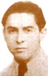 El profesor y poeta Bernardo Clariana