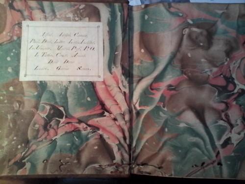 Precioso ex libris y dedicatoria a Camús por parte de Luis García Sanz (Biblioteca de Menéndez Pelayo, sign. 30.461)