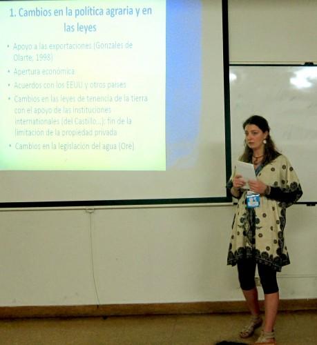 Célia Auquier lors du Colloque de Géographie de Trujillo (Pérou) - Octobre 2013