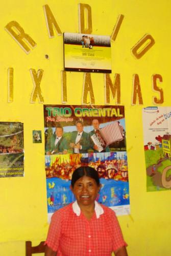Poste de émetteur de radio Ixiamas - crédits photo Patricia Llanos 2012