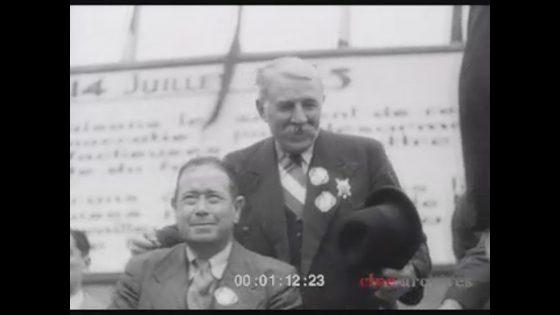Jean Zyromski - tribune, à côté Marcel Cachin 1938
