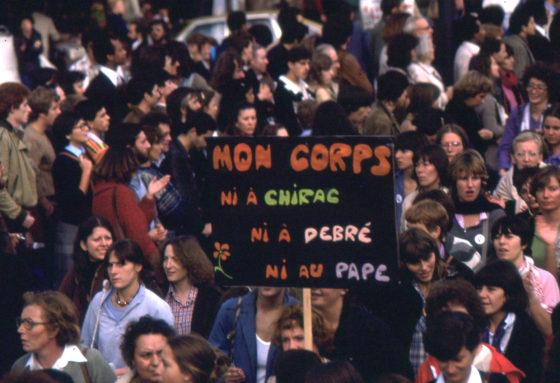 ni à Chirac, ni à Debré, ni au pape....
