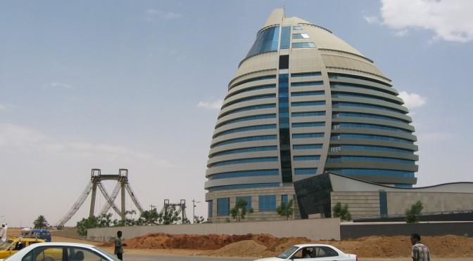 PUBLICATION – Seing Dubai in Khartoum and Nouakchott: «gulfication» on the margins of the Arab World, by Armelle Choplin and Alice Franck
