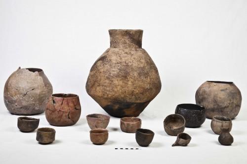 Poteries datant du Chalcolithique Ancien, vers 6000 av. J.-C. Site de Tepecik-Çiftlik (Cappadoce), fouilles Université d'Istanbul, collaboration Mission Melendiz du MAE-DI