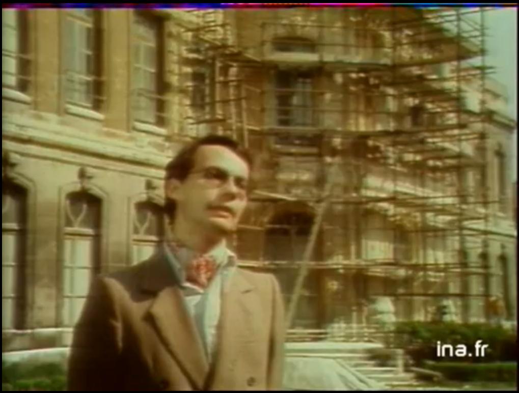 Le président de l'association des amis du château d'Asnières. Restauration du château d'Asnières 14/05/1979