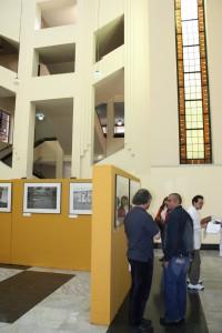 Exposition photographique dans le hall de la Bibliothèque nationale de Colombie (22-25 septembre 2009, Bogotá, Colombie)