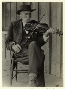 a-mountain-fiddlernypl
