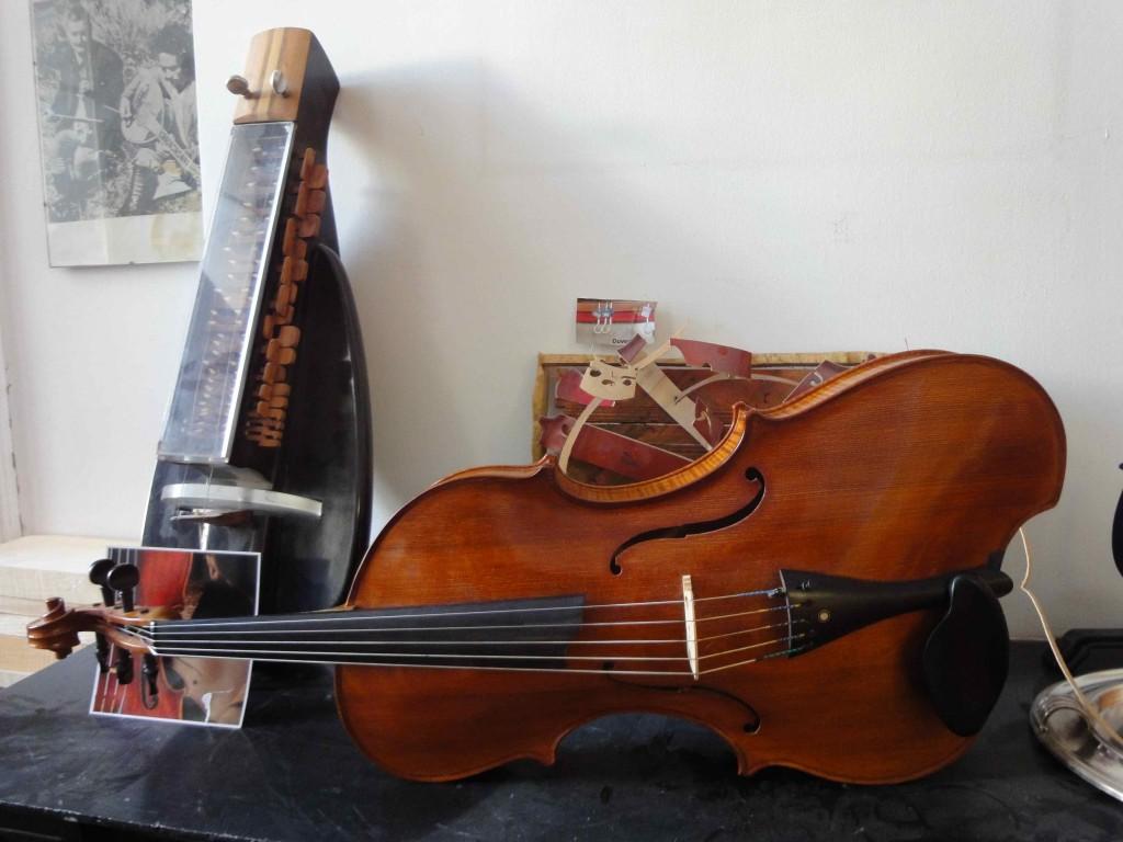 Violon baryton d'André Sakellarides