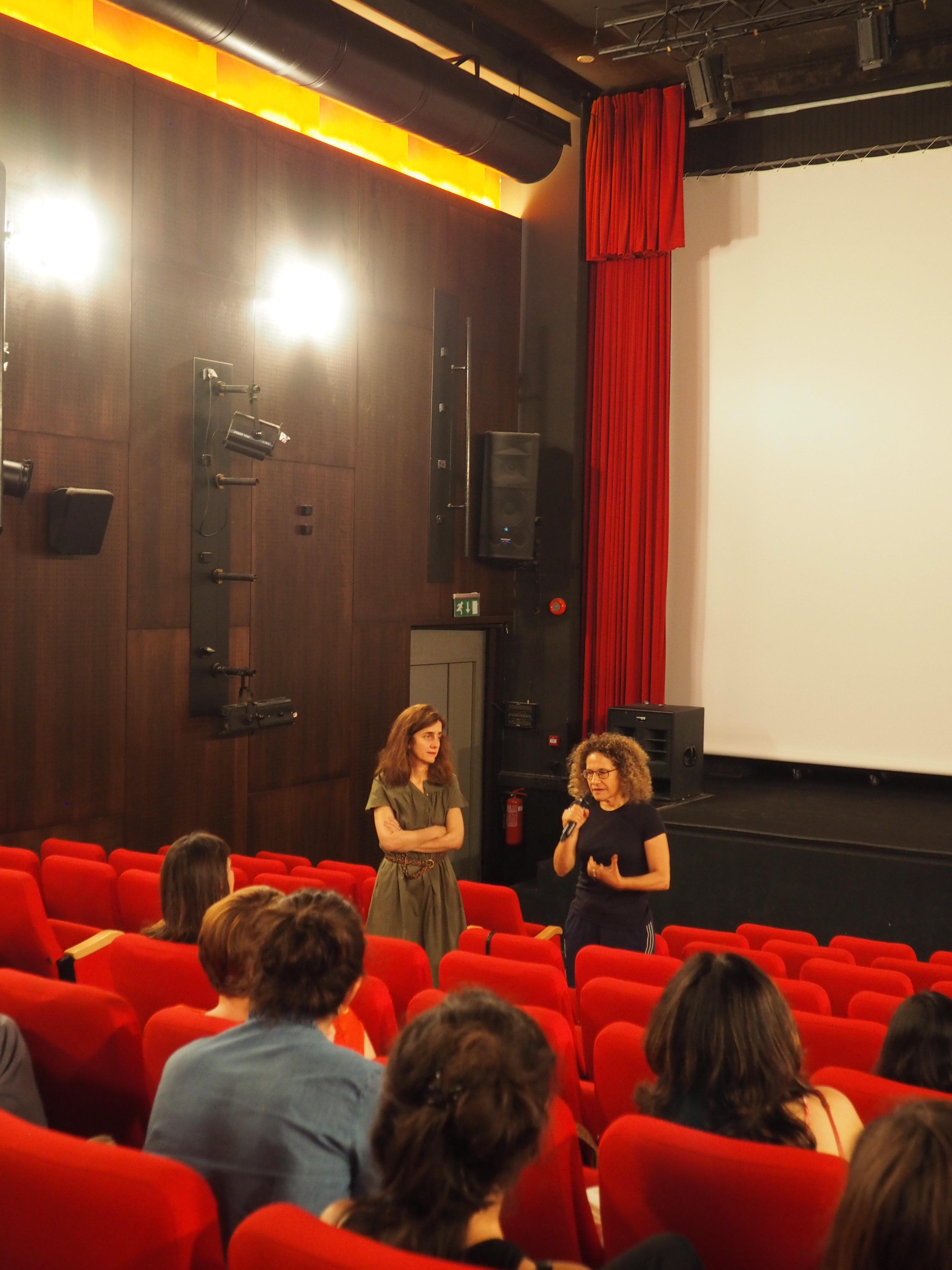 Discussion après la projection du film, Emma Aubin et Rania StephanDiscussion après la projection du film d'Emma Aubin avec Rania Stephan (camera)