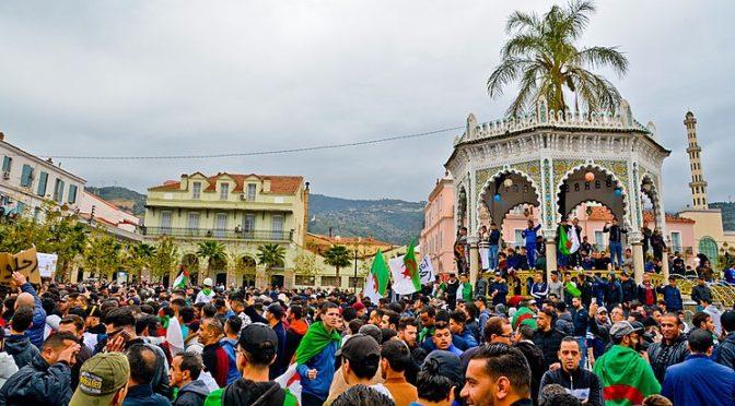 Les archives numériques du hirak algérien Comment constituer un corpus ? Marburg, 7 novembre 2019
