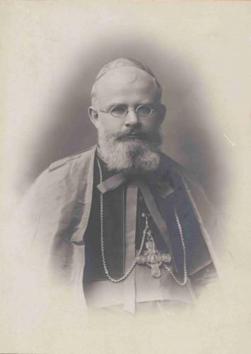 Monseigneur Louis Petit (AAR 2DV906)