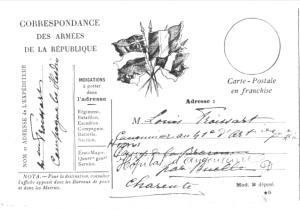 Une carte postale militaire en 1915 (la correspondance est au verso)