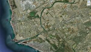fig. 1 Le foci del Tevere a Fiumicino e a Ostia e il litorale romano
