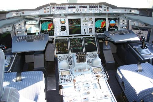 CC Wikimedia Airbus A380 cockpit