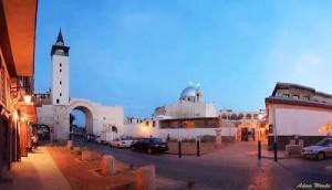 Vue de Bab Sharqi depuis la Rue Droite. Photographie de Adam Warda.