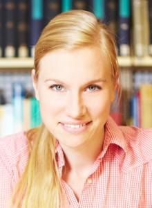 Dr. Anne Nassauer
