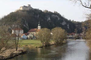 Kallmünz mit Schlossberg und Burgruine