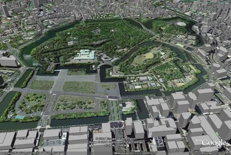 Le Palais impérial et le parc de Kitanomaru (Tokyo) vus par Google Earth.