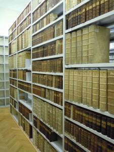 Im neu dazugewonnenen Raum werden die Bücher des 18. Jhs. aufgestellt