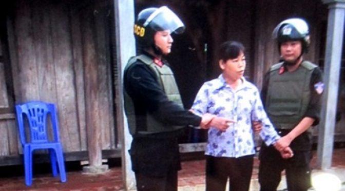 Arrestation de Mme Can Thi Theu / Dân oan Cấn Thị Thêu bị bắt – 10/06/2016