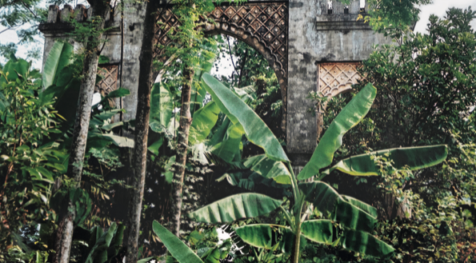 Nelcya Delanoë & Caroline Grillot : CASABLANCA-HANOÏ – Une porte dérobée sur des histoires postcoloniales [parution]