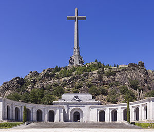 SPA-2014-San_Lorenzo_de_El_Escorial-Valley_of_the_Fallen_(Valle_de_los_Caídos)