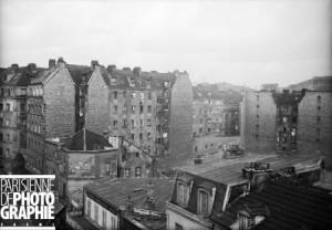 La Cité Jeanne d'Arc, un habitat populaire dense, enchevêtré, insalubre. L'ensemble est détruit à la fin des années 1930.