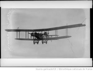 Avion britannique (Source : Bibliothèque Nationale de France)