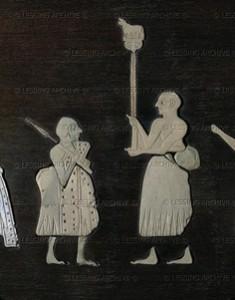 exemple de panneaux figuratifs incrustés provenant du site de Mari, Bronze Ancien