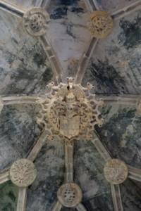 Armoirie royale, monastère de Batalha (Cliché M. Ferrari)