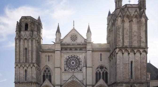 FOCUS 2017-2018 : Cathédrale de Poitiers, approches techniques et matière