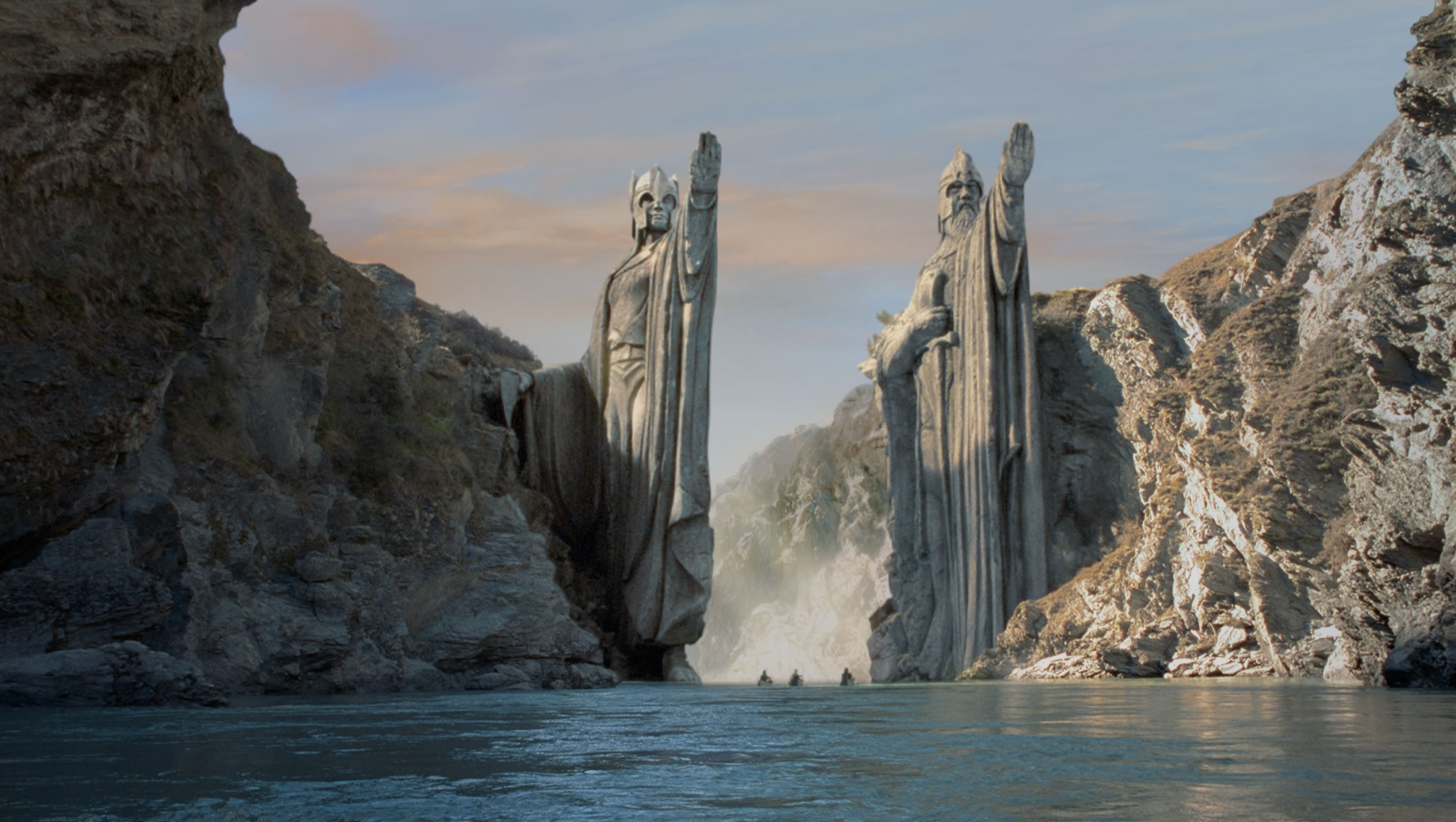 statue_ring_the_lord_of_rings_tolkien_argonath_lotr_isildur_anarion_fellowship_desktop_2011x1135_hd-wallpaper-25254