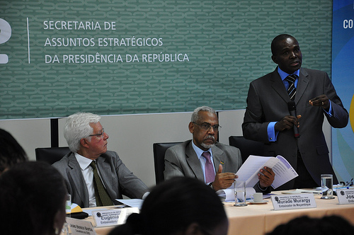 Strengthening relations between Africa and Brazil, 2012. Photo: Secretaria de Assuntos Estratégicos da Presidência da República (CC BY-SA 2.0).