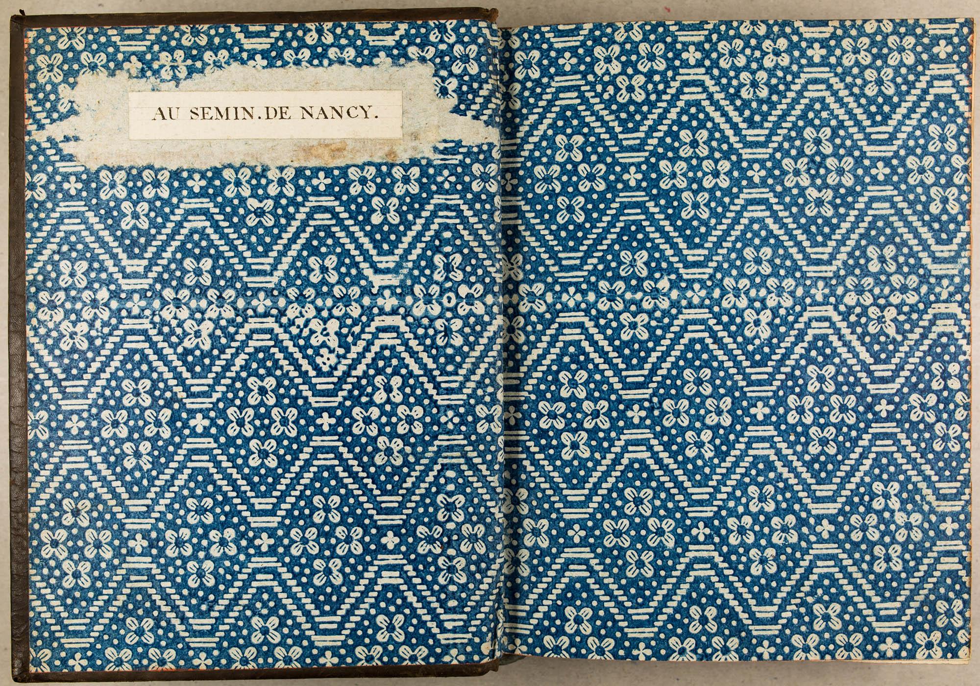 Impression en bleu sur papier blanc. Premières années du XIXe s.