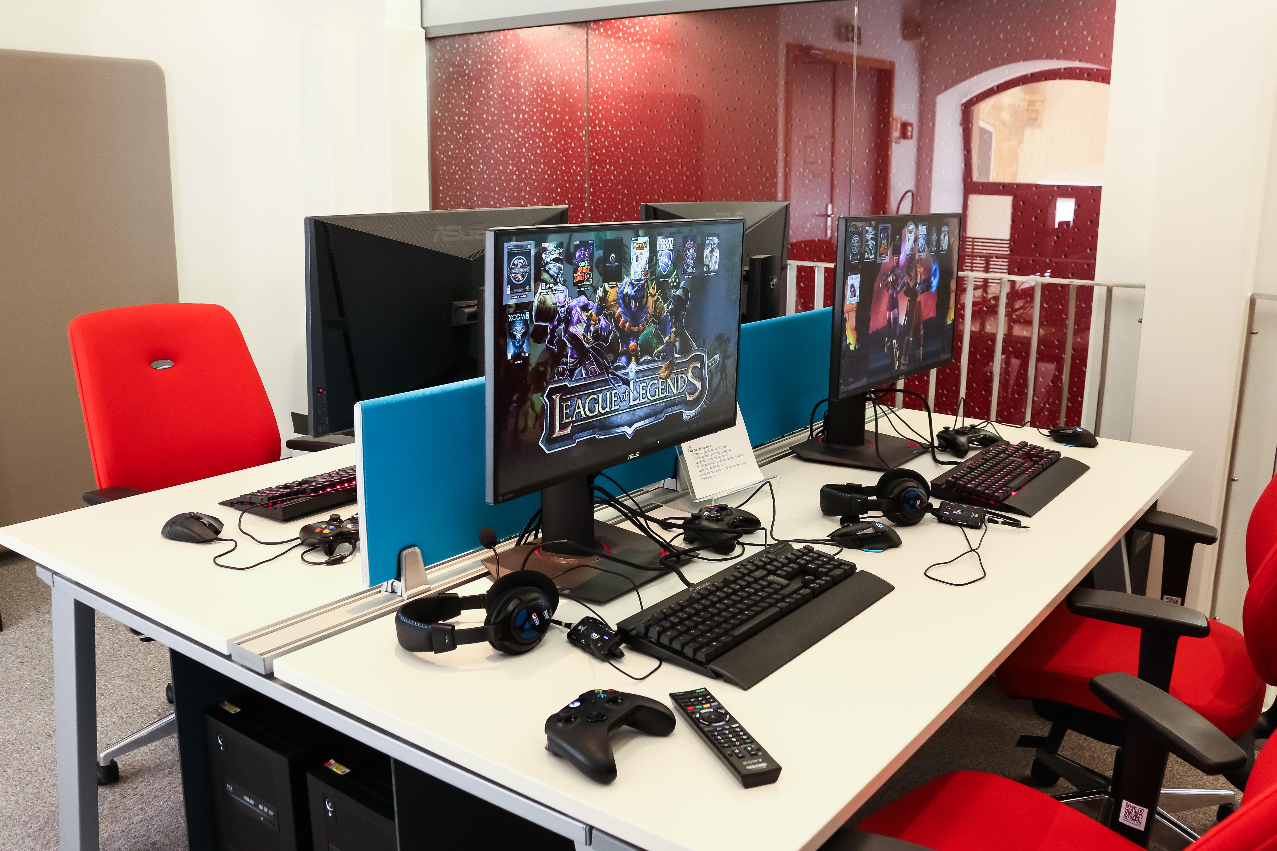 Médiathèque Manufacture : l'espace jeux vidéos