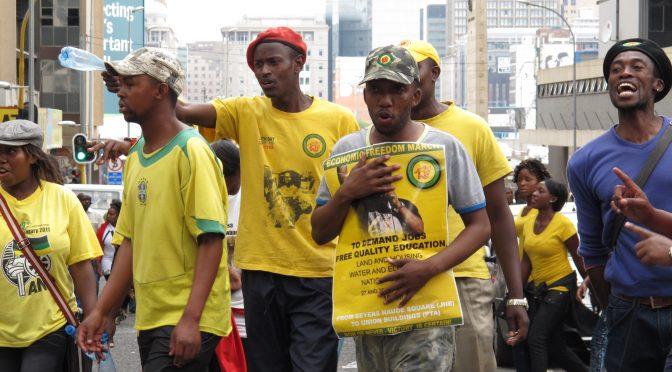 La jeune Afrique du Sud en ballottage : mouvements étudiants et amorces d'une alternance politique