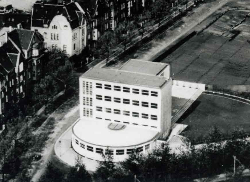 Architekturcapricio_mit_Mendelsohn-Bauten