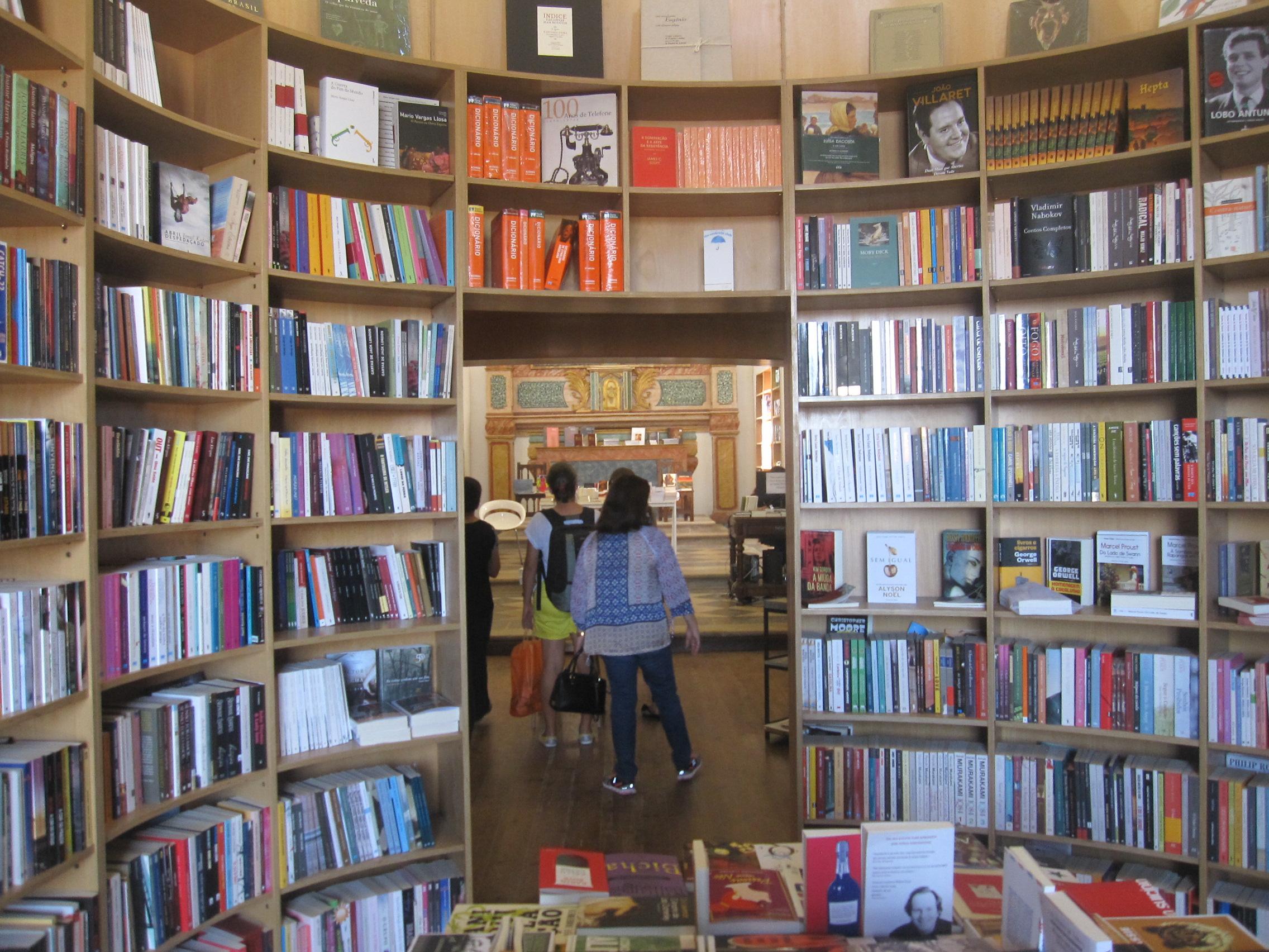 Obidos-librairie-eglise3