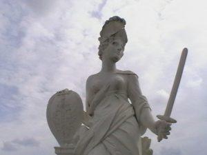 Personifikation des Heiligen Römischen Reiches im Schlossgarten von Herrenhausen, Hannover