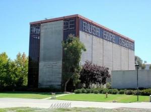 Vices et vertus superposées, laboratoire situé sur le campus de l'University of California, à San Diego, où S. Shapin a enseigné (crédits : Thom Watson, 2007, Flickr)