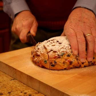 Stollen (crédits : Whitney in Chicago, via Flickr)