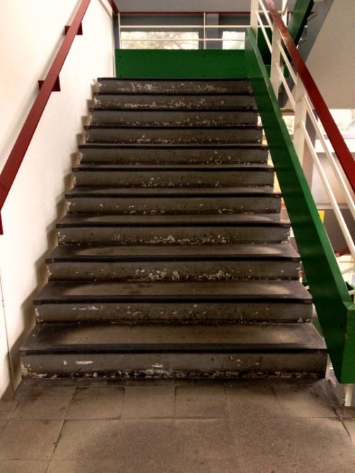 Faculté de droit à Nantes (via http://universiteenruines.tumblr.com/)