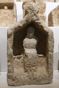 Naiskos massaliote, musée d'Histoire de Marseille (photographie personnelle)