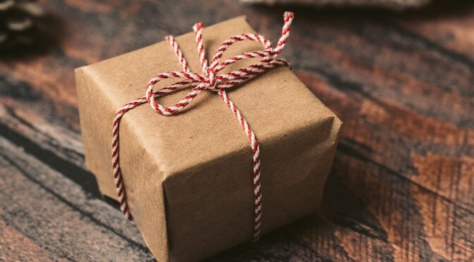Paquet cadeau fait maison