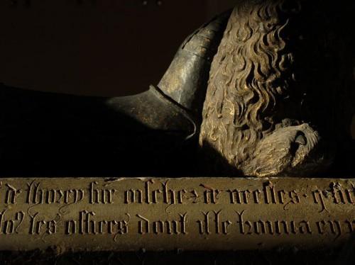 Otro detalle del sepulcro de Philippe Pot