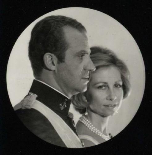 Don Juan Carlos I y doña Sofía de Grecia, por Gyenes (1975)
