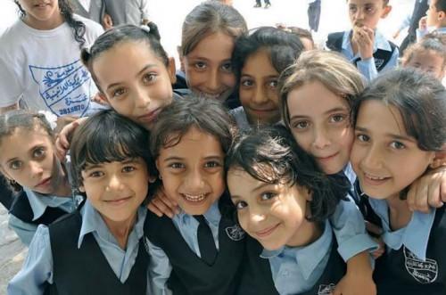 Alumnos de una escuela católica palestina, mantenida por la Orden del Santo Sepulcro