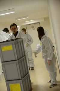 Für den Transport werden Plastikboxen genutzt. Foto: Kristian Peter, LAV NRW
