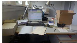 Arbeitsplatz Erschließung (Foto LWL-Archivamt)