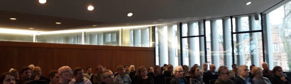 """Präsentation Raimond Spekking: """"Infomationen aus erster Hand-Archive und Wikipedia"""" #WAT18"""